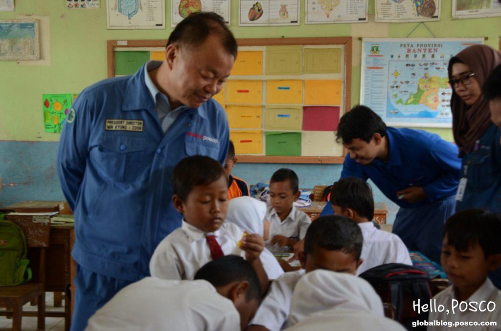 포스코 직원 봉사활동의 날_ Krakatau Director 방문