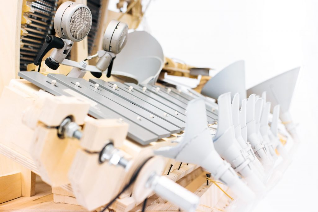 Wintergatan Marble Machine plays music with 2,000 steel marbles.