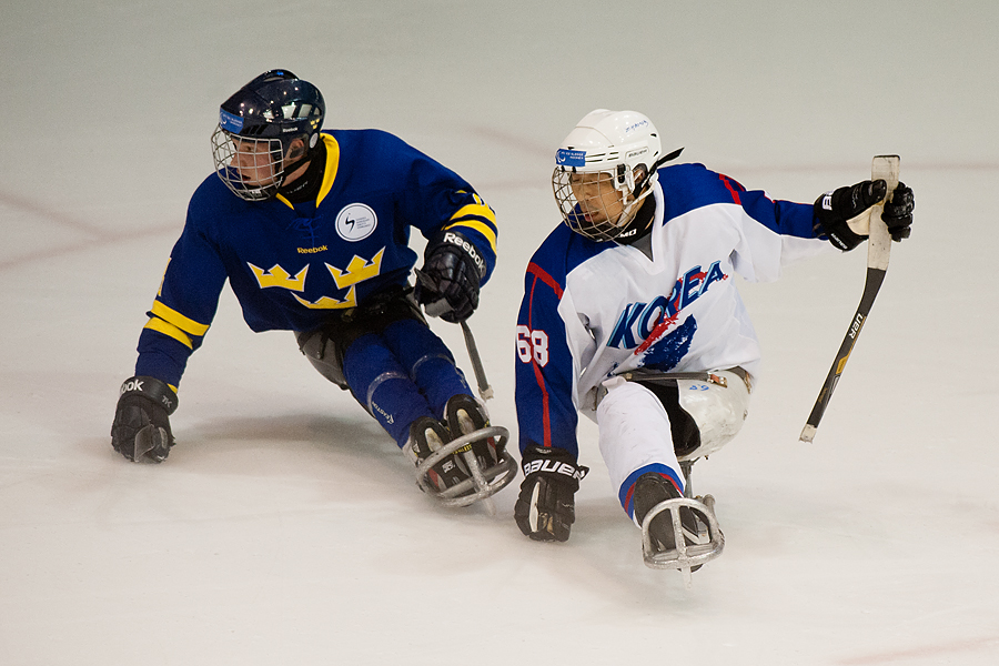 Korea defeated Sweden 4-2 in the 2013 Para Ice Hockey Games held in Torino, Italy