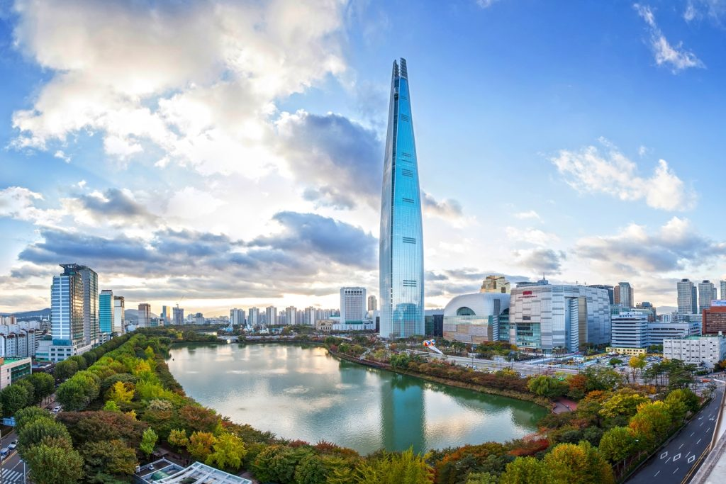 An image of Lotte World Tower in Seoul, Korea.