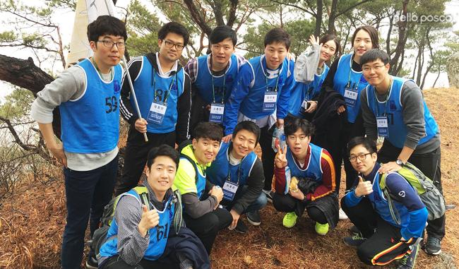16-2차 신입사원들 단체 사진