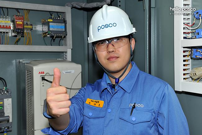 광양제철소 EIC기술부에서 근무하고 있는 손재호 주니어매니저