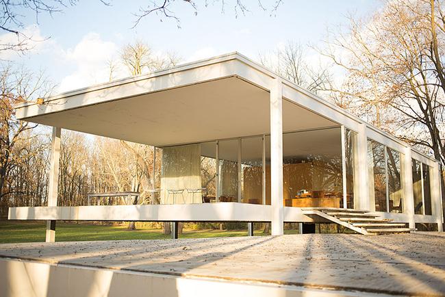 미스 반 데어 로에가 건축한판스워스 하우스