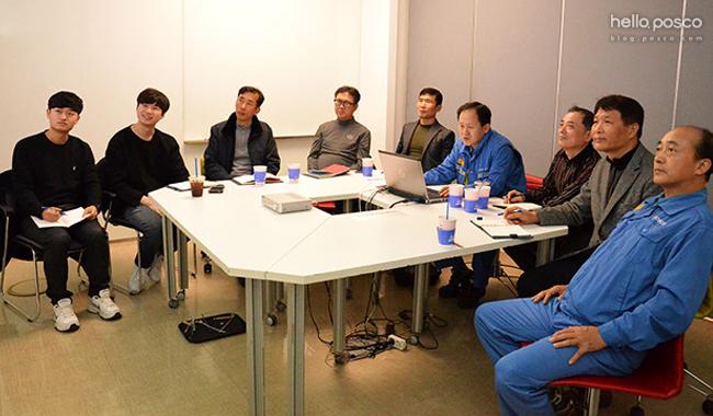 교대 휴무일 교육중 팀원들과 찍은 사진