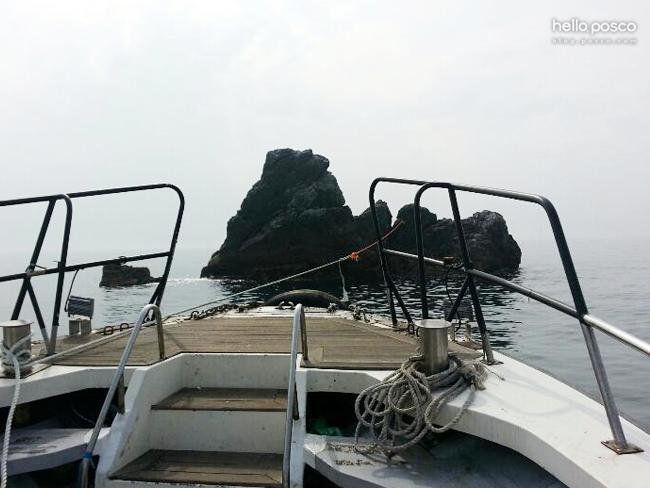바다낙시용 배의 앞머리 사진