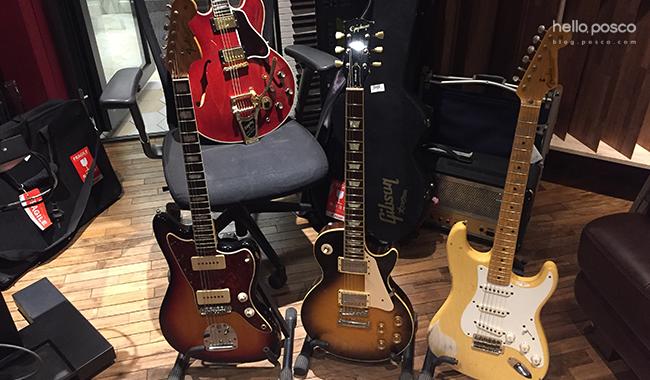 기타들 사진