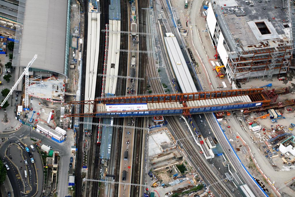 압출 공법으로 건설되는 영국의 Stratford Town Centre Link