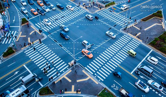 사차선 도로모습