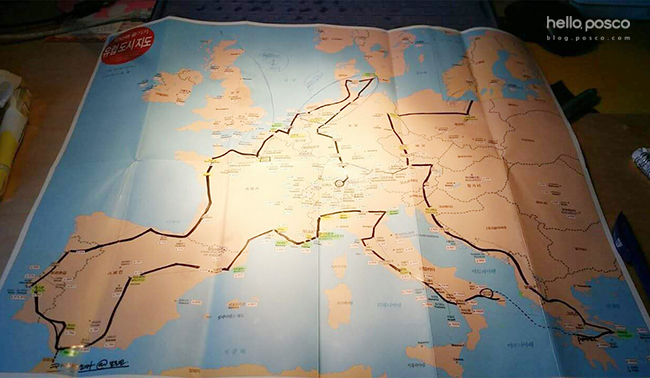 △ 김한솔 사원의 배낭여행 계획이 담긴 지도 사진