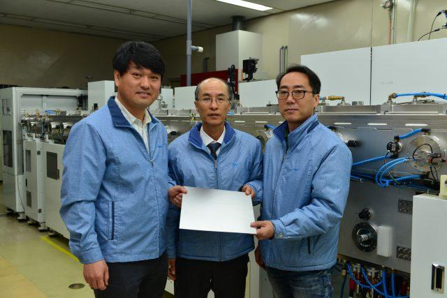 왼쪽부터 MAS 강판 개발을 주도한 RIST 소재이용연구그룹 이경황 박사, 정재인 박사, 양지훈 박사의 모습이다.