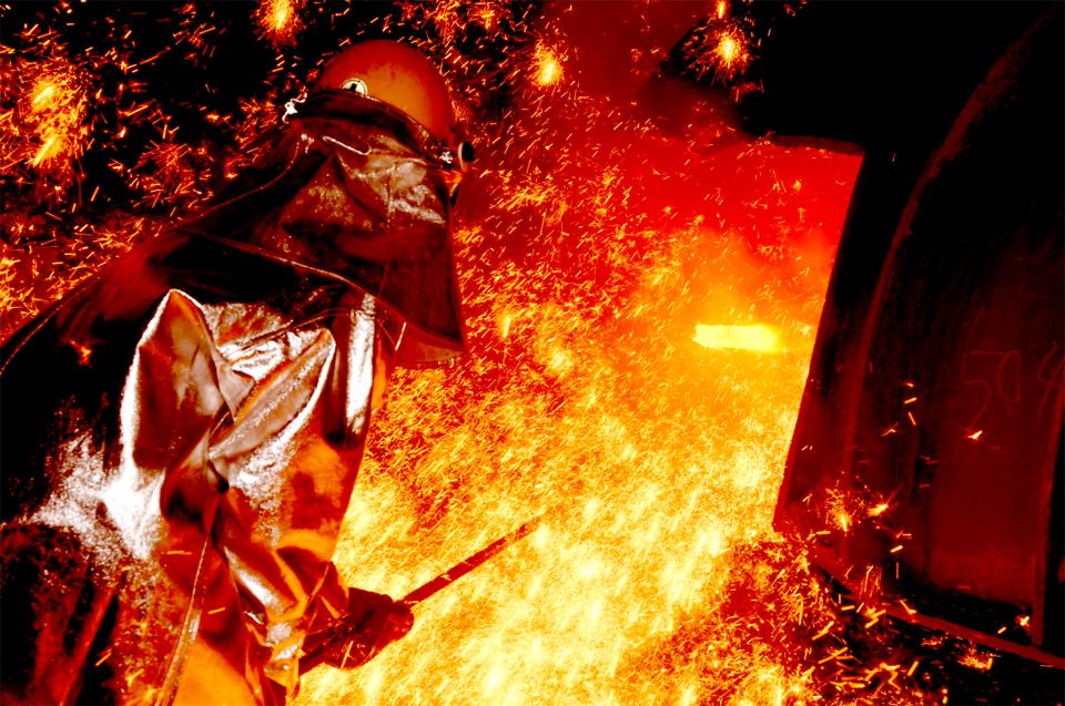 포스코 광양제철소 제1용광로 쇳물 생산 모습