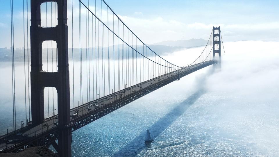 미국 샌프란시스코 만의 입구를 가로지르는 세계 대표적 현수교인 금문교 (Golden Gate Bridge) (출처: Pixabay)
