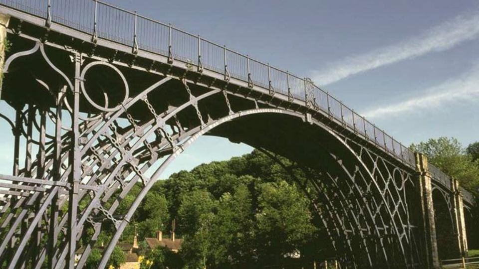 '아이언 브릿지'라고 불리는세계 최초의 철교, 콜 브룩데일 다리 (출처: Iron Bridge George Museums)