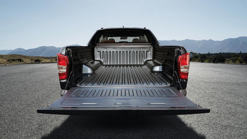 렉스턴 스포츠 KHAN (자료:쌍용차동차) 트렁크