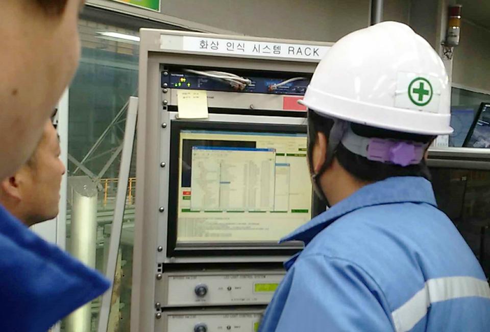 제철소 선재공장의 제품인식 시스템 운용 모습