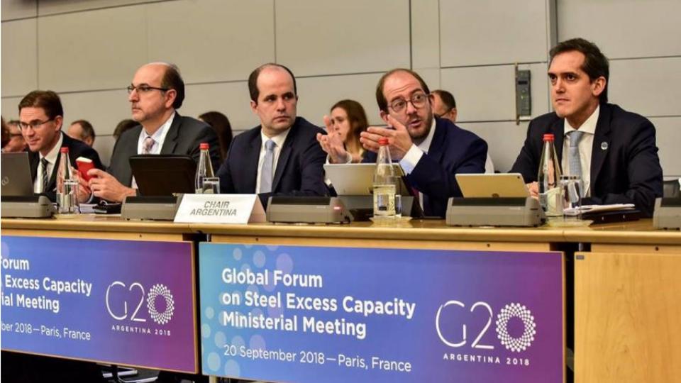 2018 G20 정상회의에서 GFSEC 관계자들이 철강업계의 미래에 대해 논의하고 있다