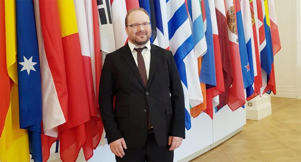 리벤 톱(Lieven Top) OECD Steel Committee 위원