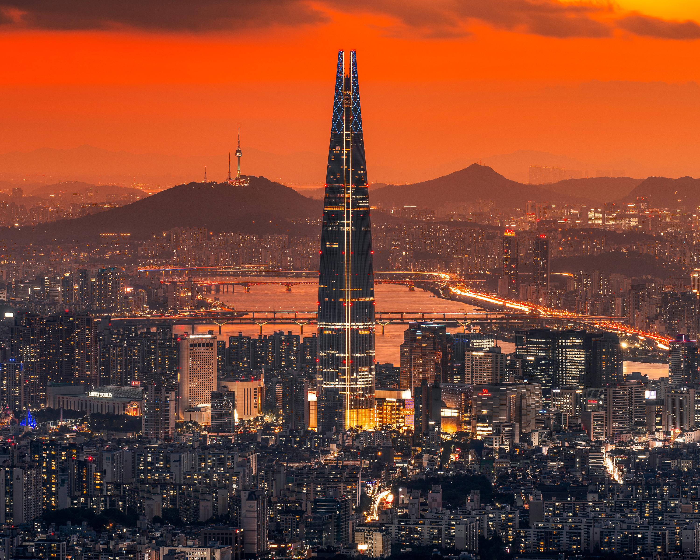 윤은준 작가의 사진 철의 도시